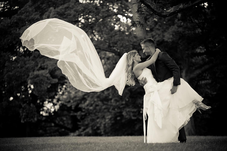 Wedding+photographers+in+sheffield,+Rotherham+Yorkshire+(7).jpg