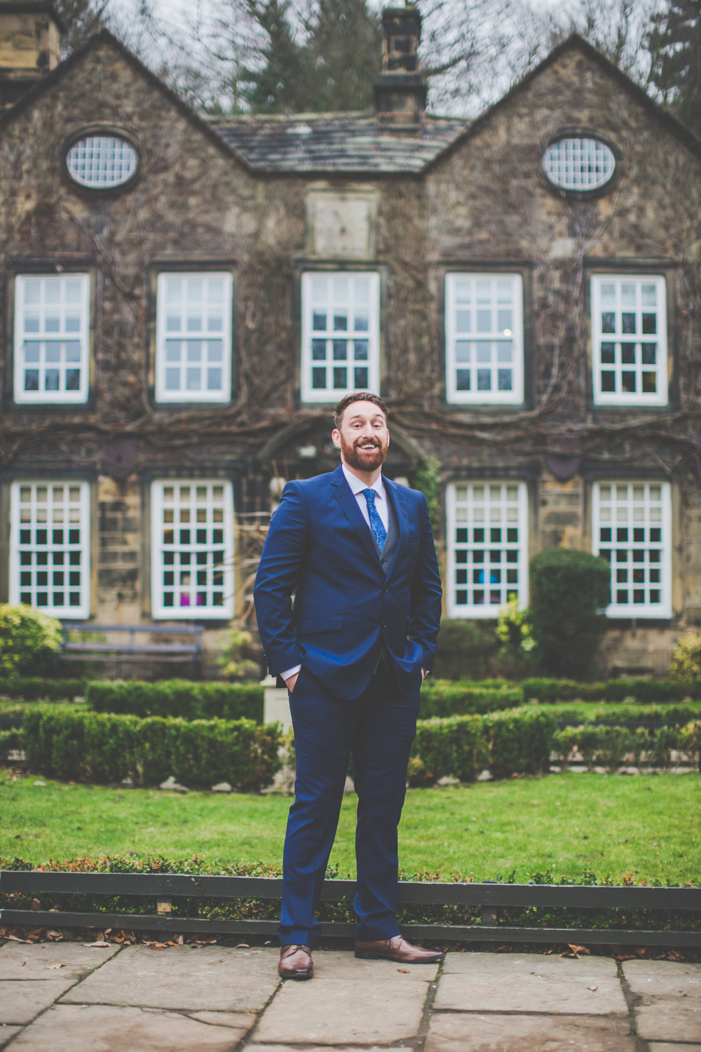 whitley hall sheffield quirky wedding photography-11.jpg