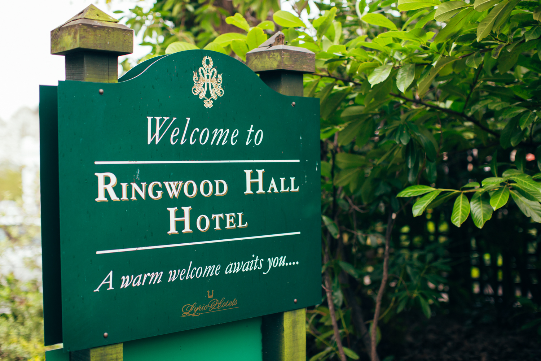 rotherham wedding photography ringwood hall quirky1.jpg