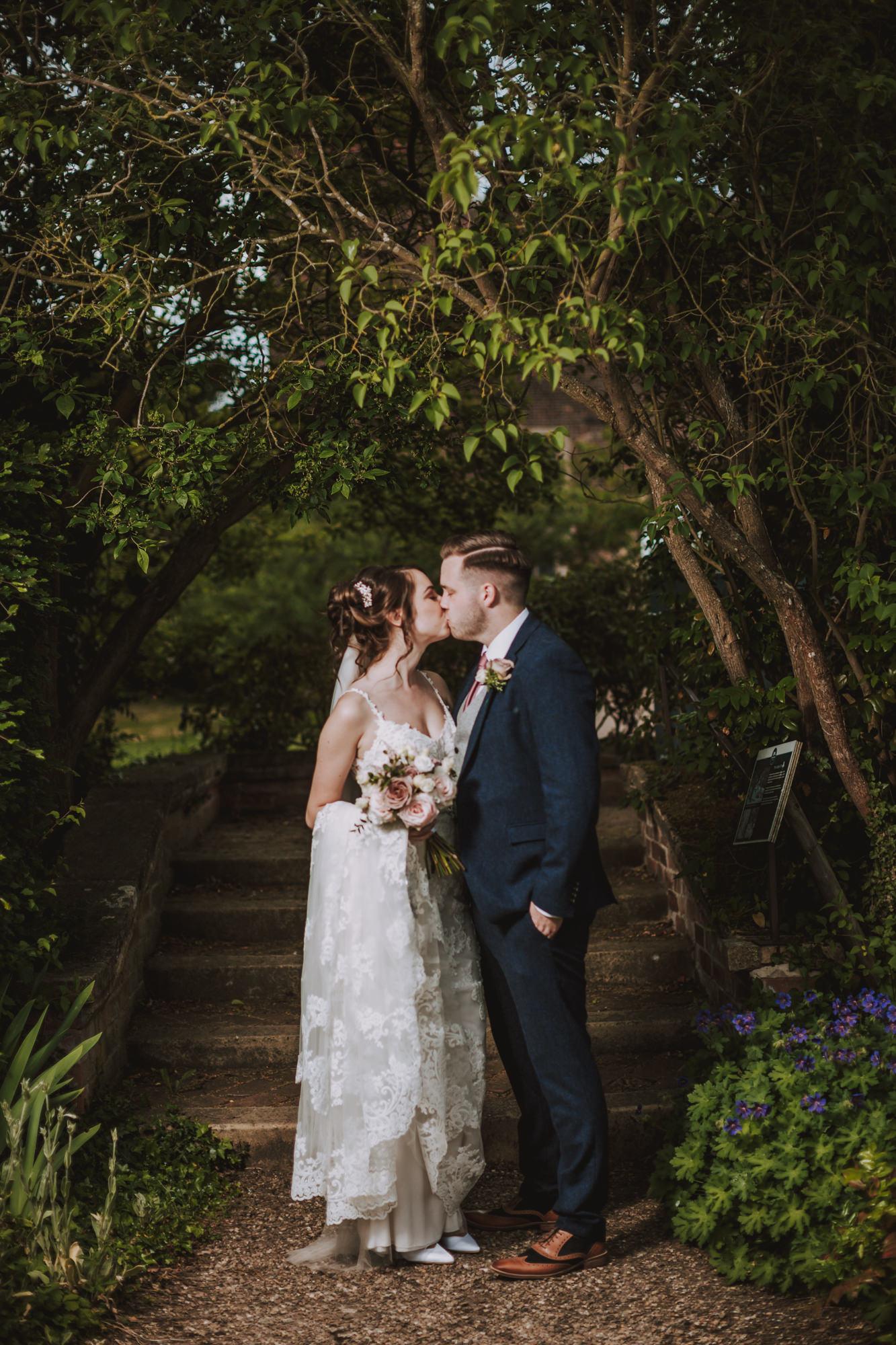 hodsock priory wedding photographers blog56.jpg