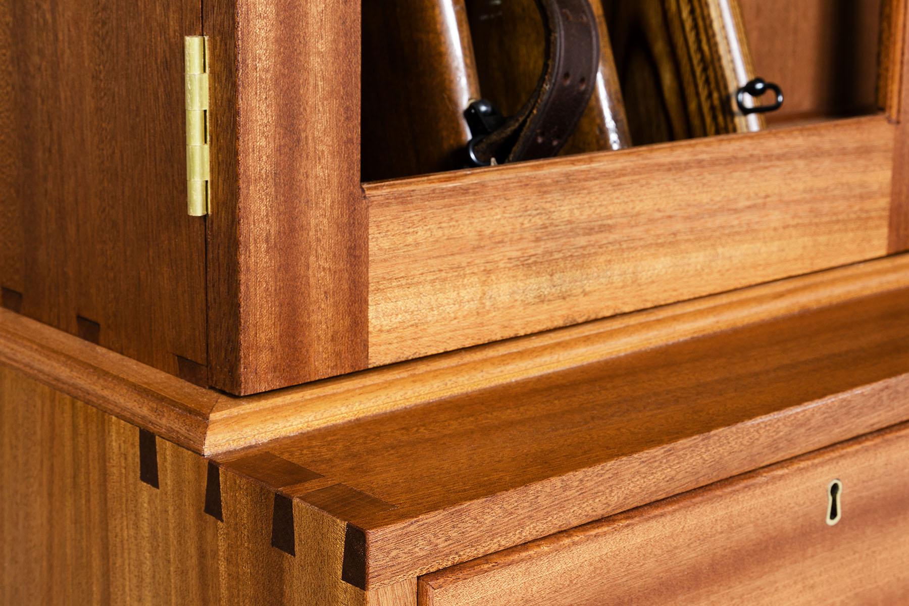 Rob Cart Gun Cabinet-0453.jpg