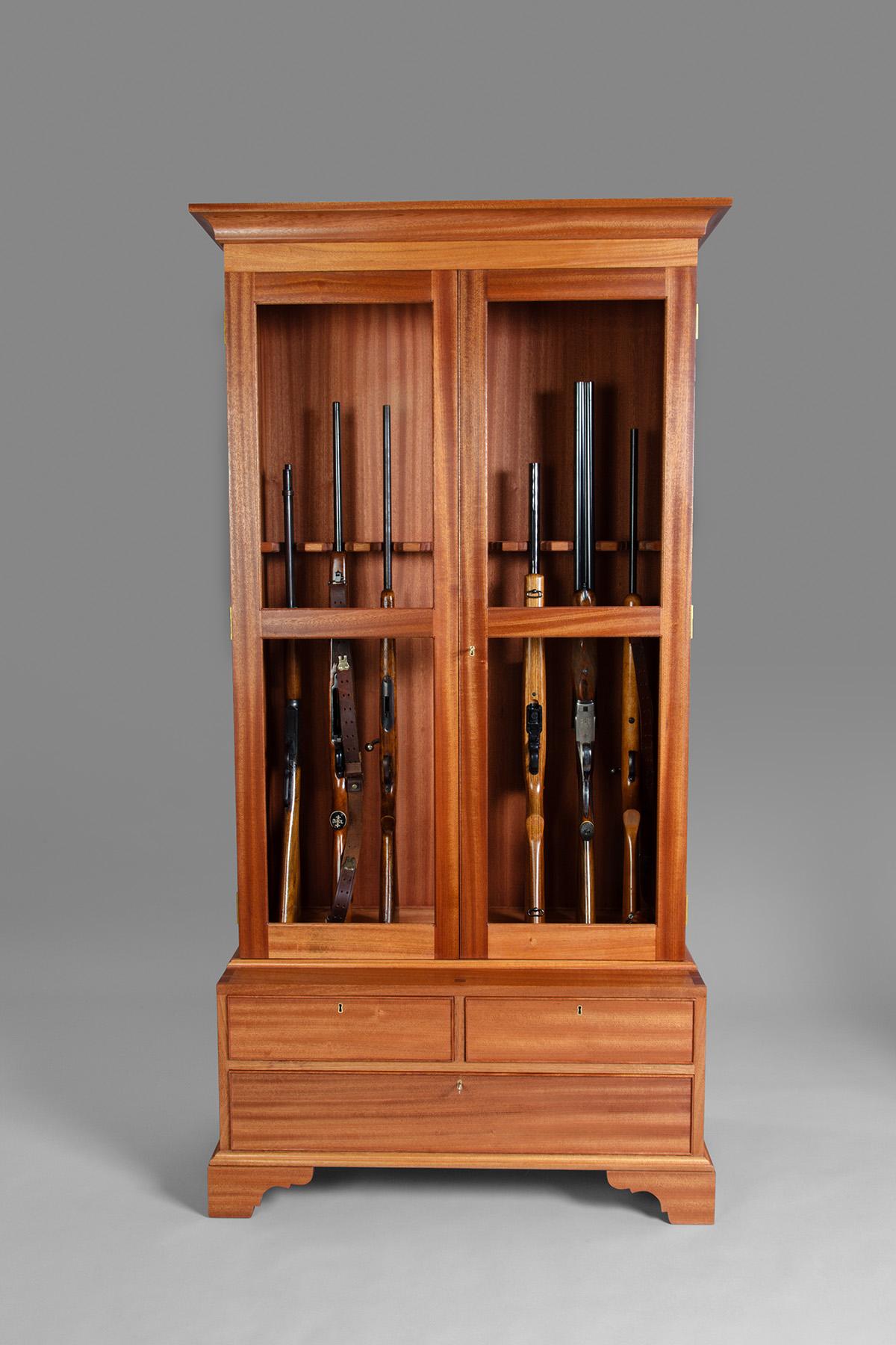Rob Cart Gun Cabinet-0424.jpg