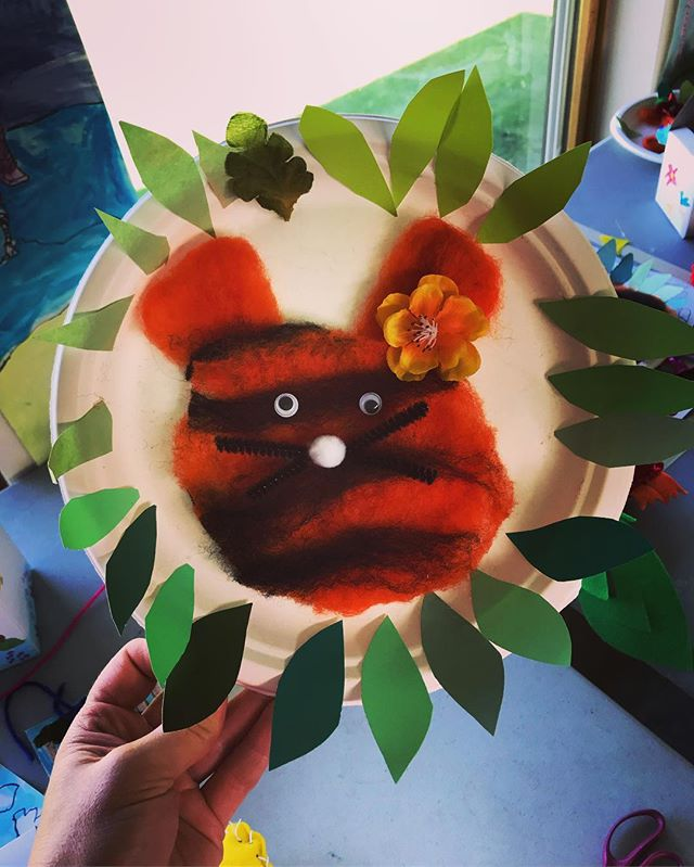 Tiger in the Jungle Project: hand-felted tigers, multi-media jungles. #totallytropical #craftycamp #oakbayrec