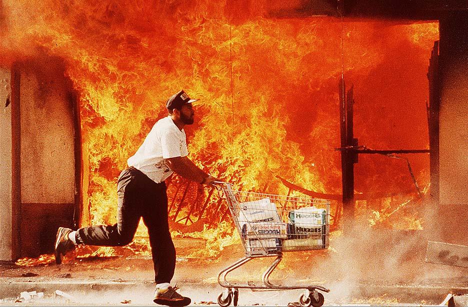 0430-riots04 (1).jpg