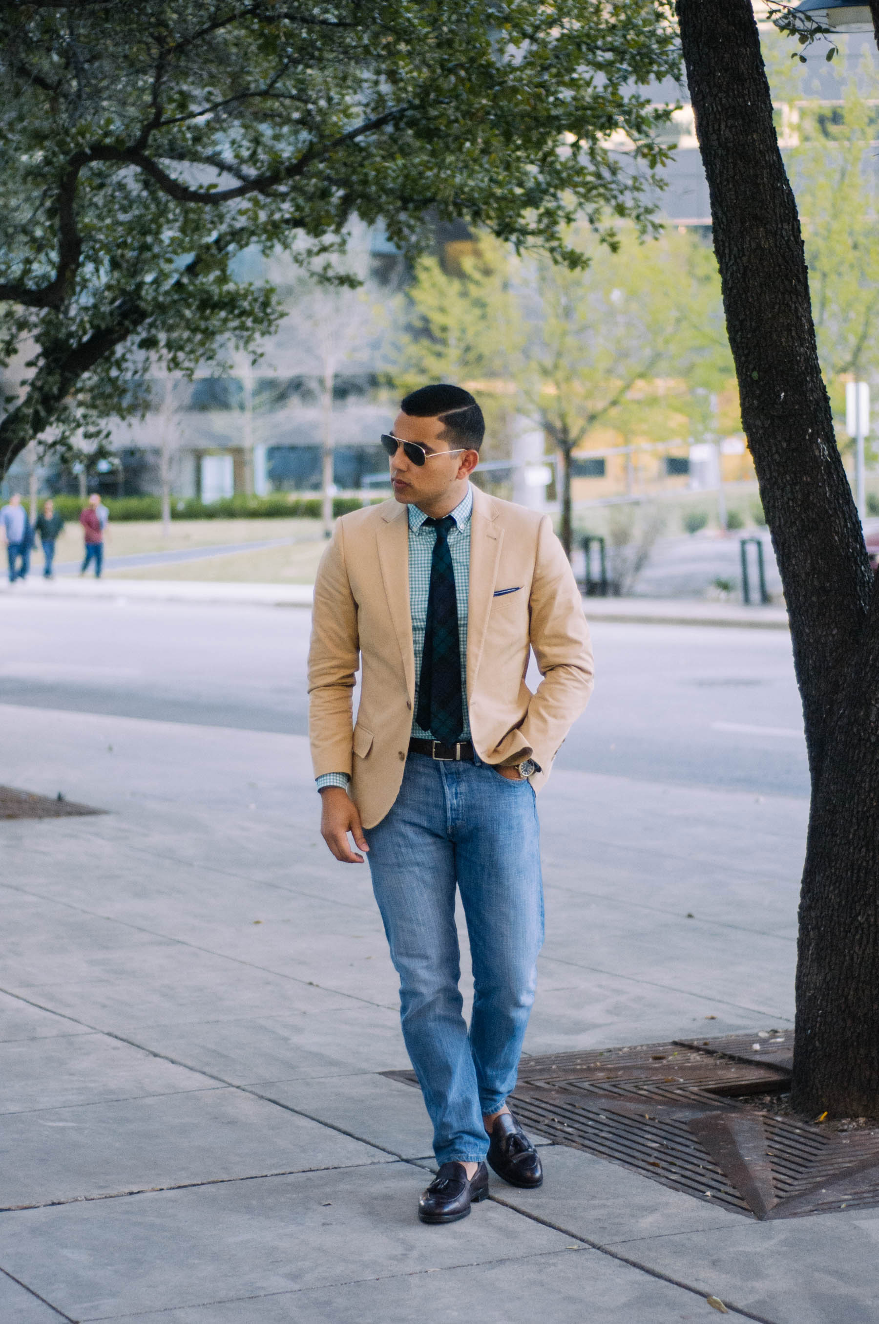 "Blazer:  J.Crew  | Shirt: Brooks Brothers ( similar here ) | Jeans:  Levi's  | Tie: Ovadia & Sons (just like  this one ) | Shoes: Alden ( similar here ) | Pocket Square: The Tie Bar (more colors  here ) | Watch:  Shinola  | ""No Show"" Socks*:  J.Crew"