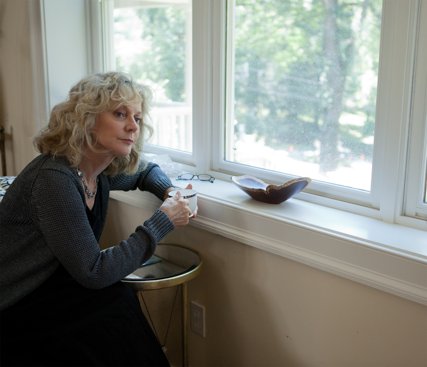 Blythe Danner in Hello, I Must Be Going
