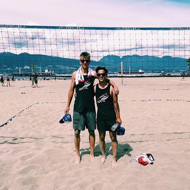 Valley 17s @calebkastelein and @ethanvisscher take the @volleyballbc Vancouver HS Beach Open this weekend 🌴Congrats, boys! #FVVC