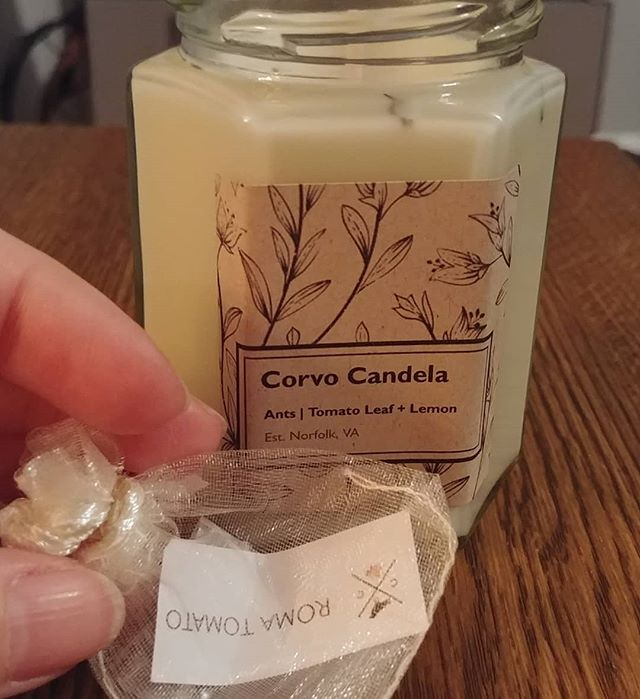 Yo, this is easily the best smelling candle I've ever put my nose up to, AND! It came with tomato seeds!