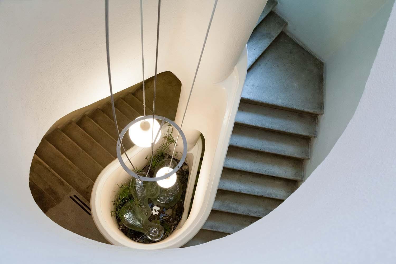 Internal stairs sml.jpg
