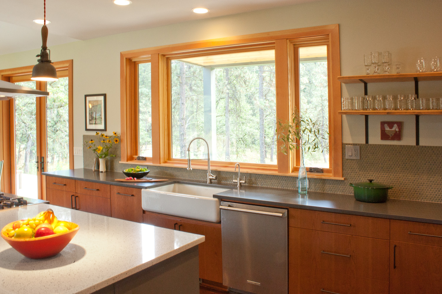 Hood River kitchen 1.jpg