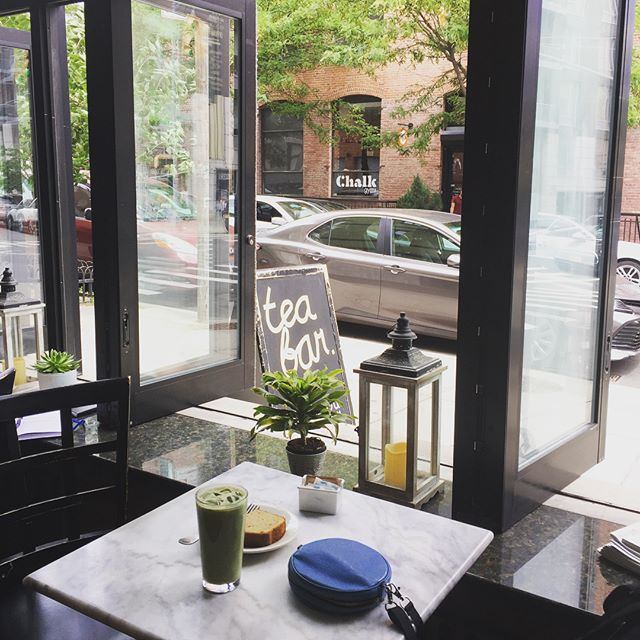 Big day for 2Yoke in Brooklyn: tea latte morning @teabar   yoga for lunch @lucentyoga   designer crush afternoon @ado   sunset walk @dominopark   evening show @nationalsawdust . . . . #2yokedesign #newyorkdesign #mobileoffice #virtualoffice #yogaeverydamnday #healthyworkhabits #wellnessdesign #matchalatte #workingontheweekend #haveyourcakeandeatittoo #workplaybalance @shaheennyc