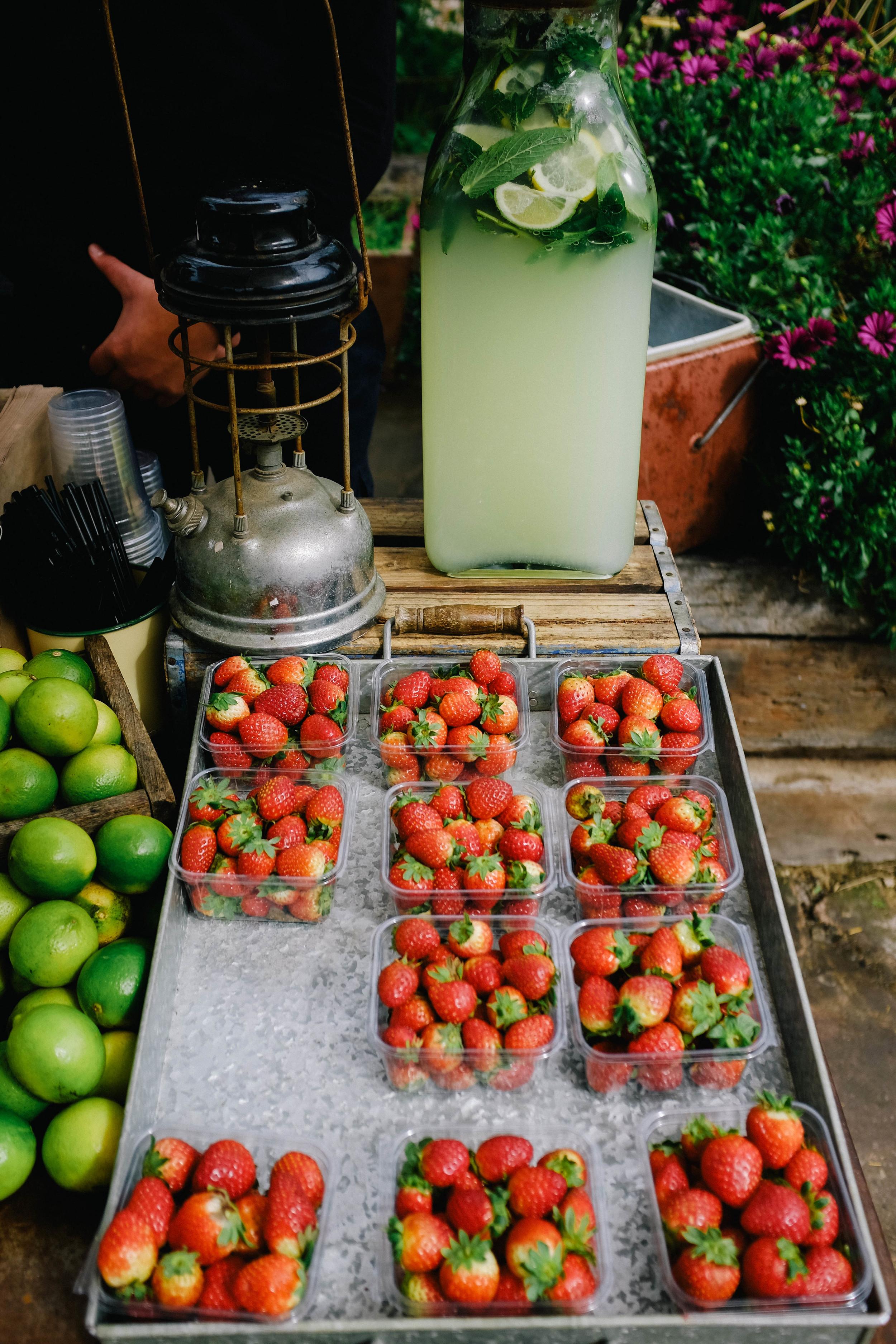 fresh lemonade & strawberries