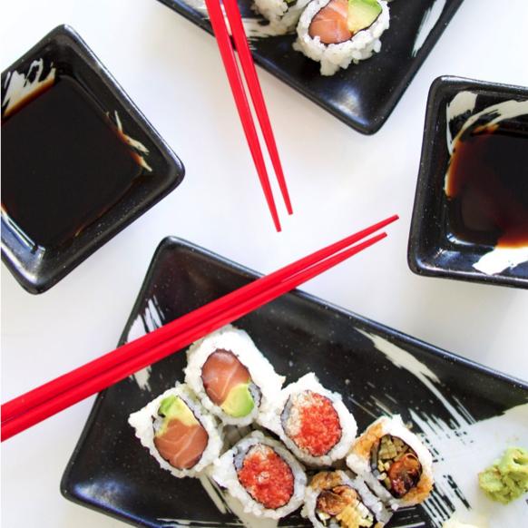 Black Sushi Set.jpg