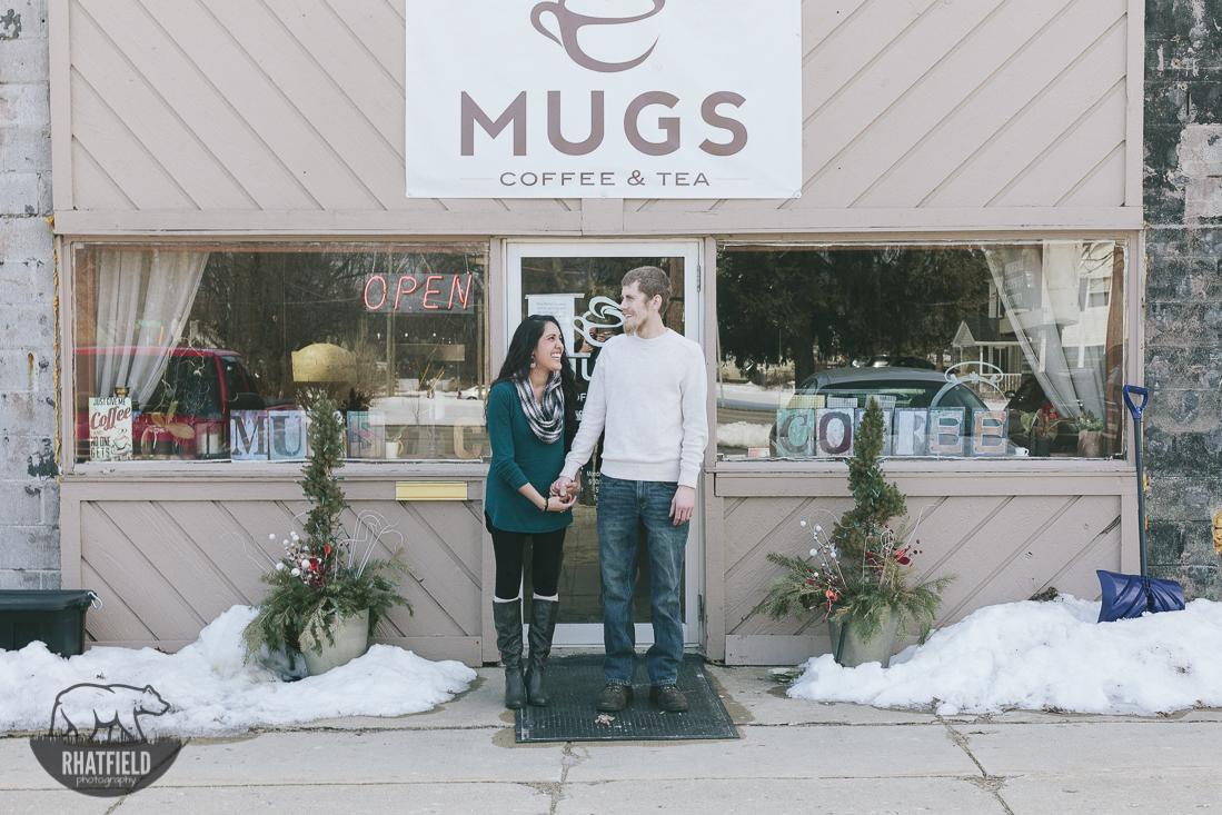 Mugs-coffee-couple-engagement