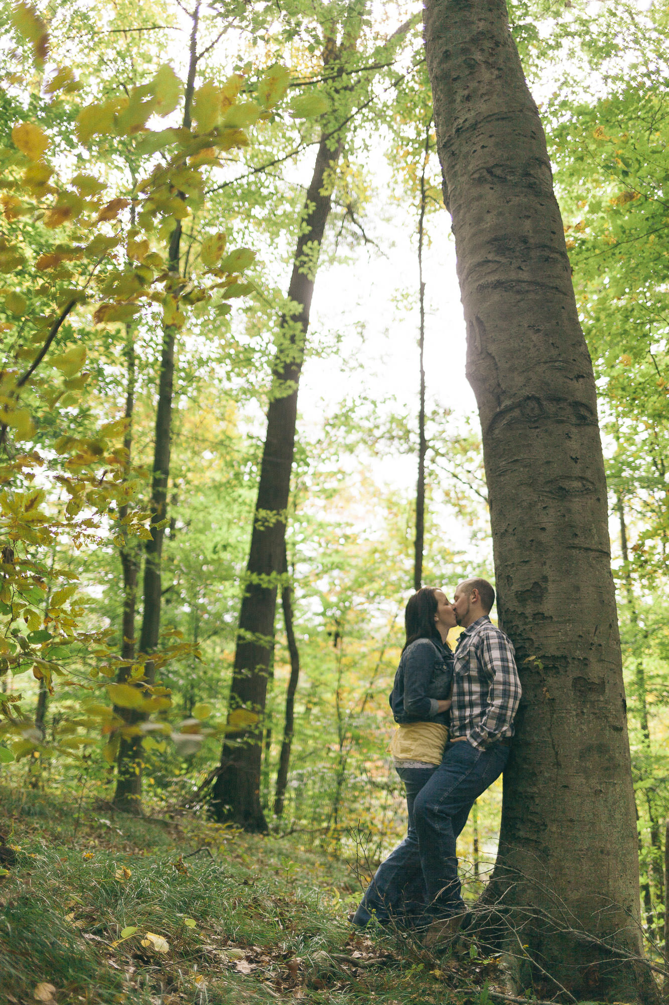 Caitlyn and Billy Osborne Engagement PhotosBrown County State ParkNashville IN