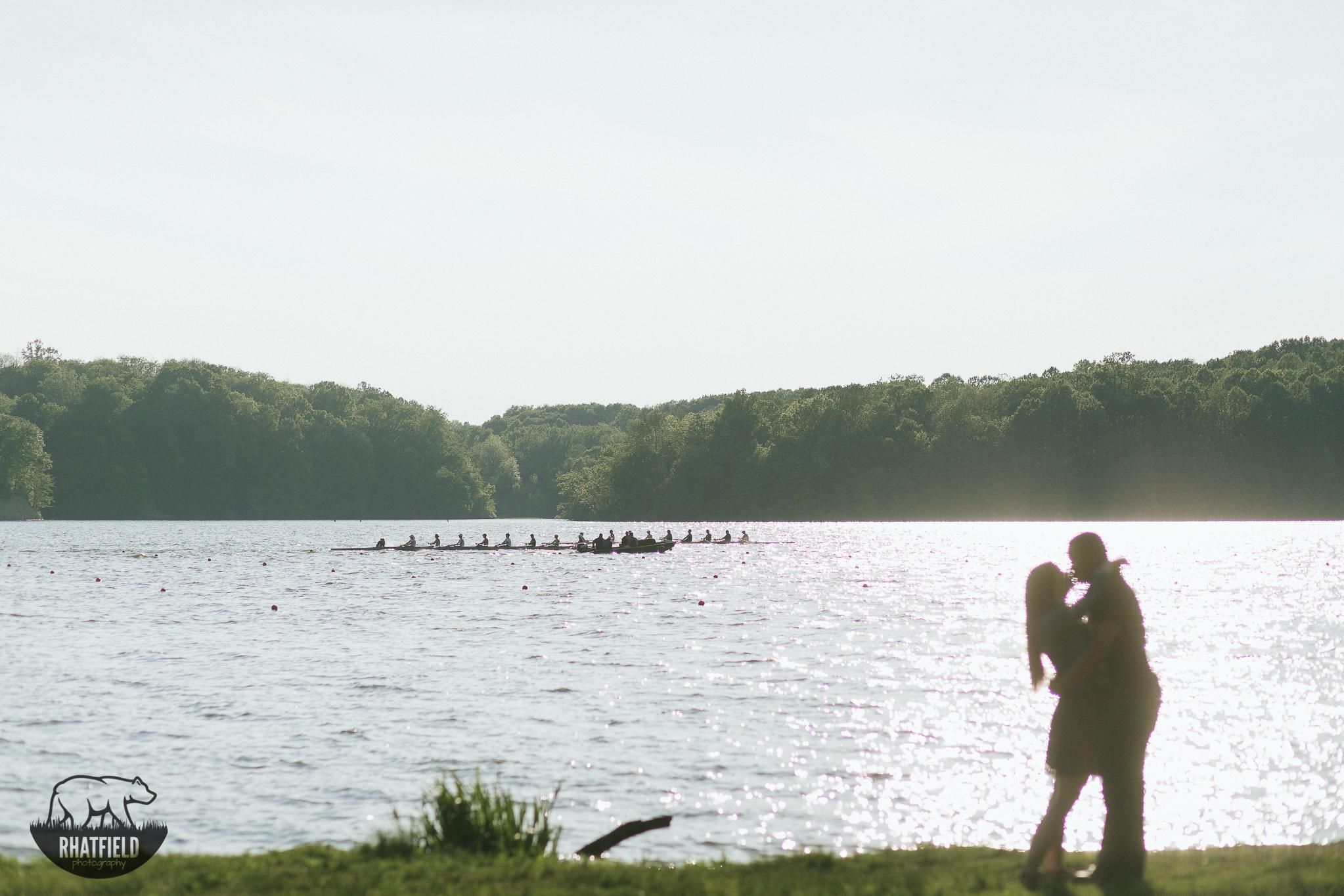 kissing-row-team-lake-silhouette