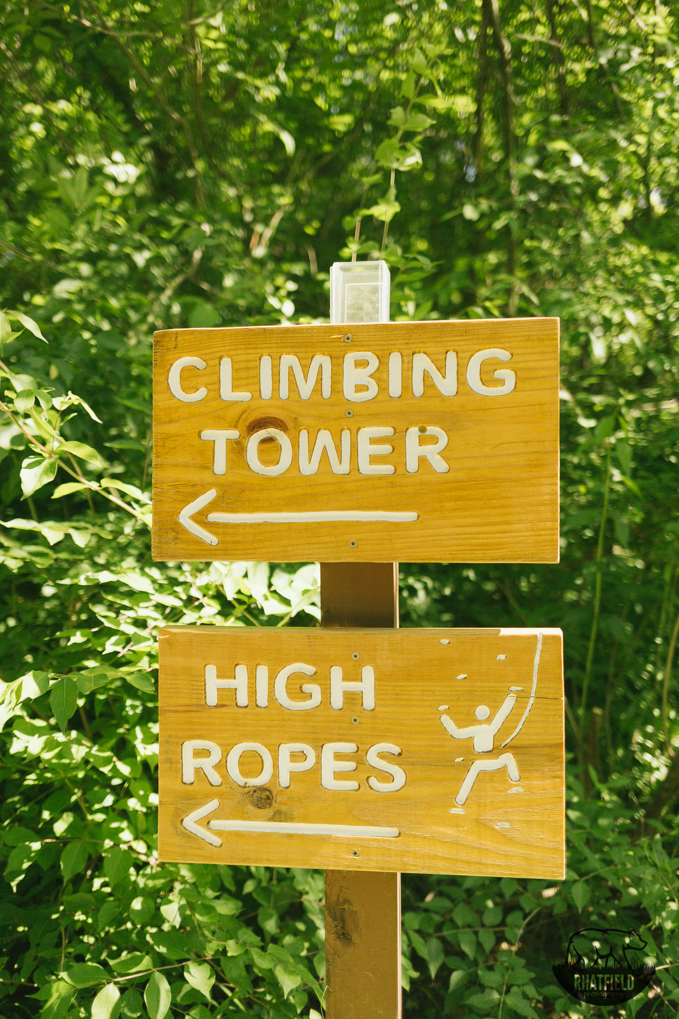 climping-ropes-trail-sign-camp