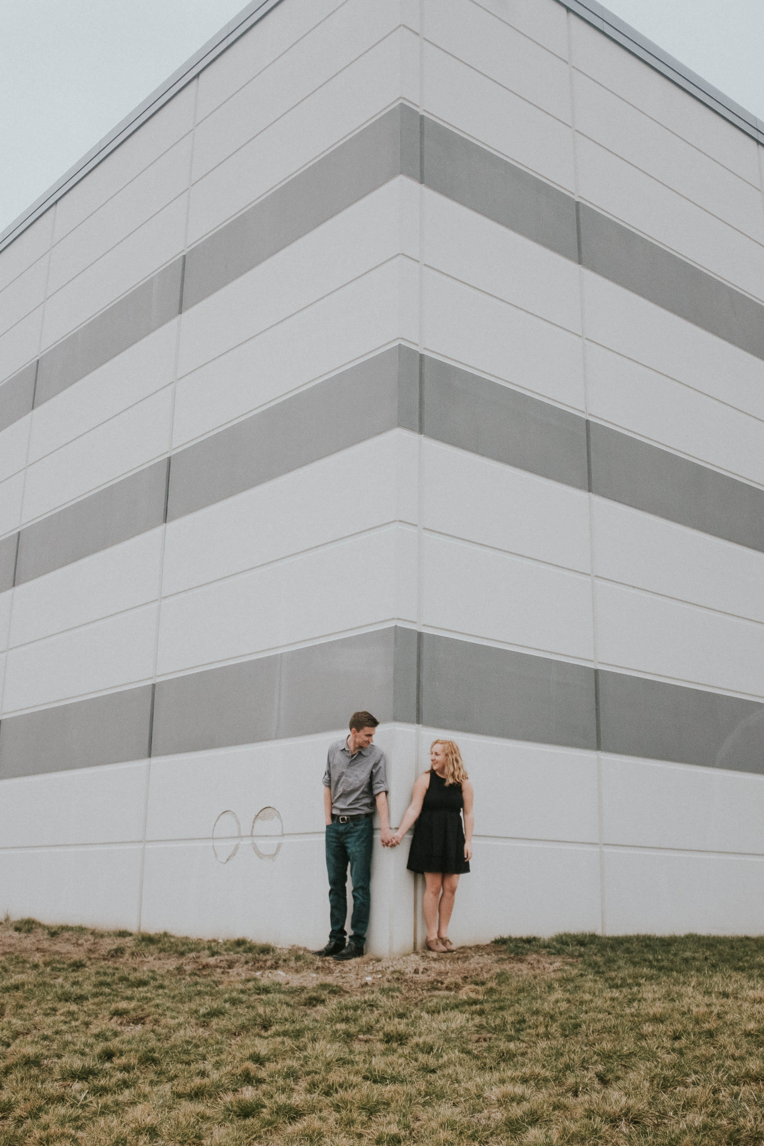 Urban-indiana-couples-speedway-engagements