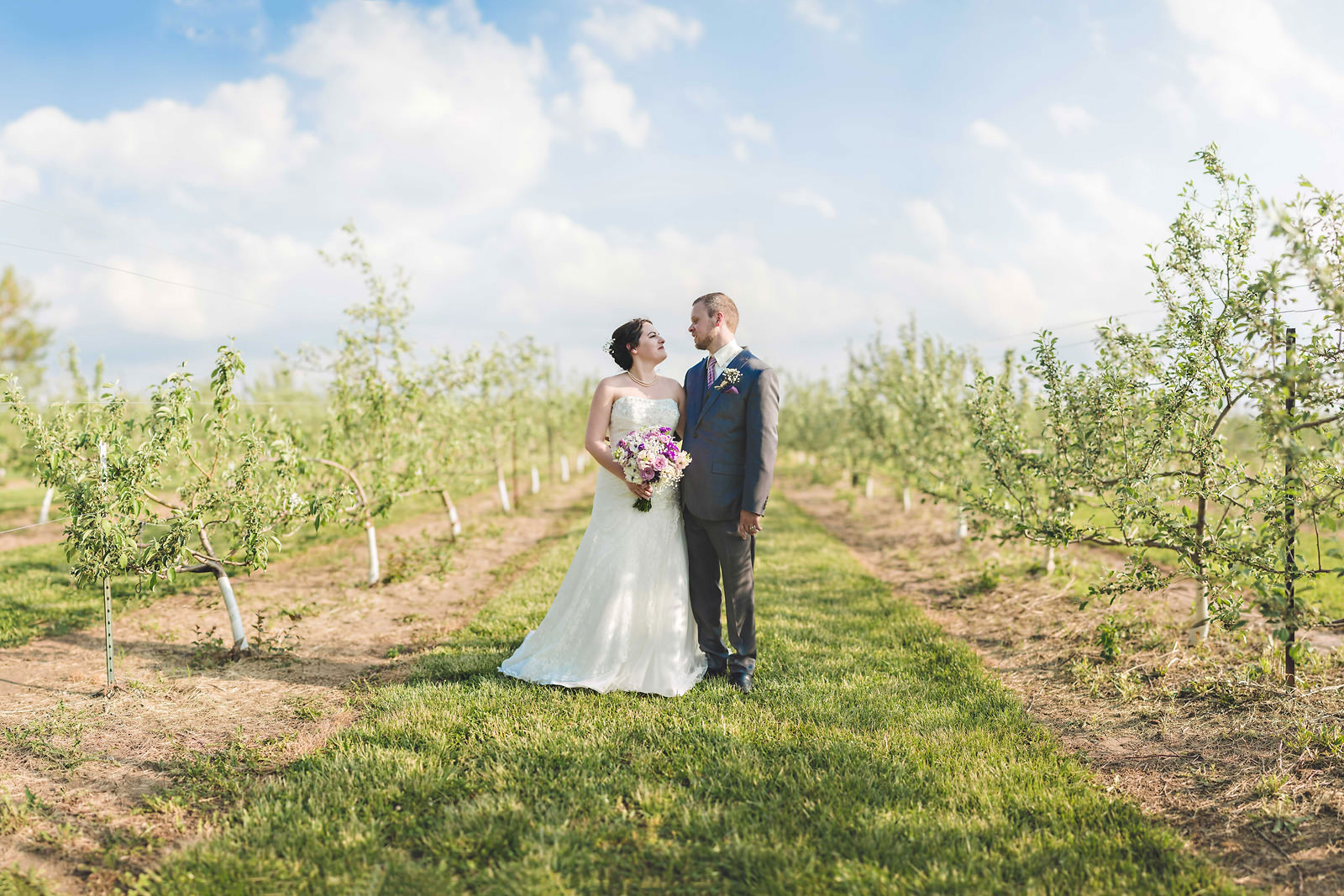 apple-orchard-wedding-brenizer