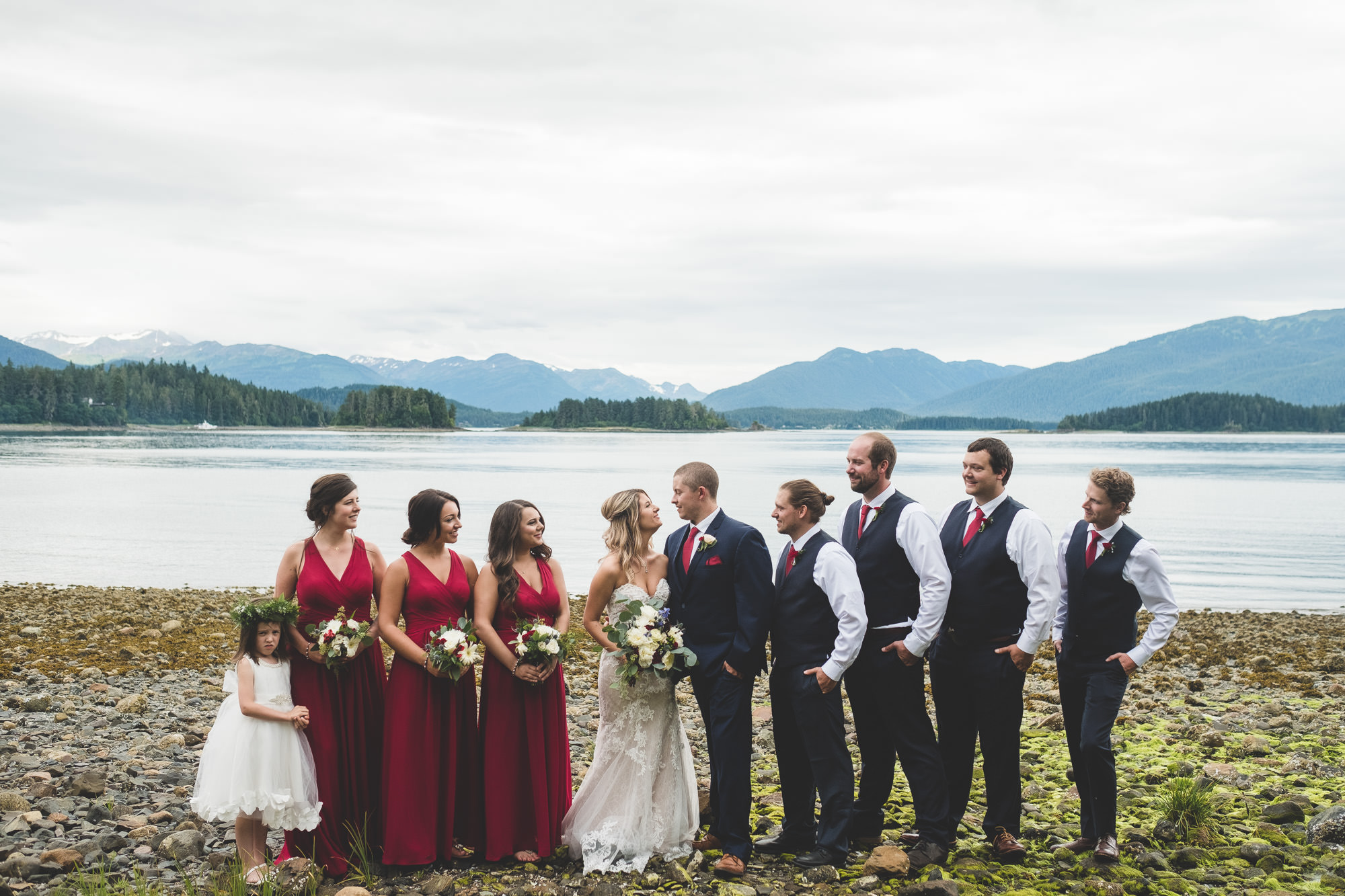 bridal-party-on-mountian-beach