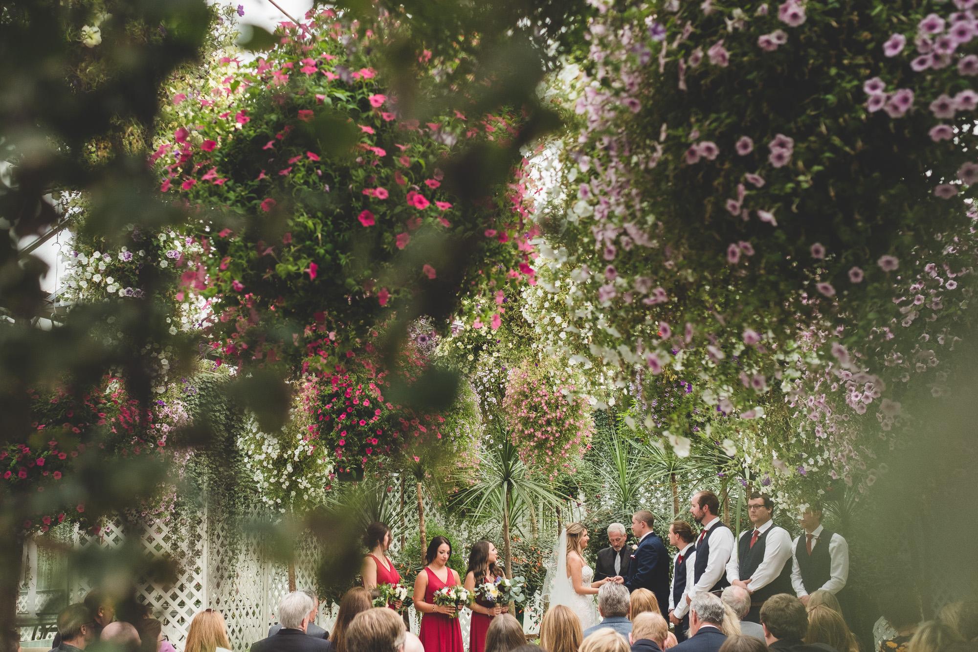 Glacier-gardens-wedding-ceremony