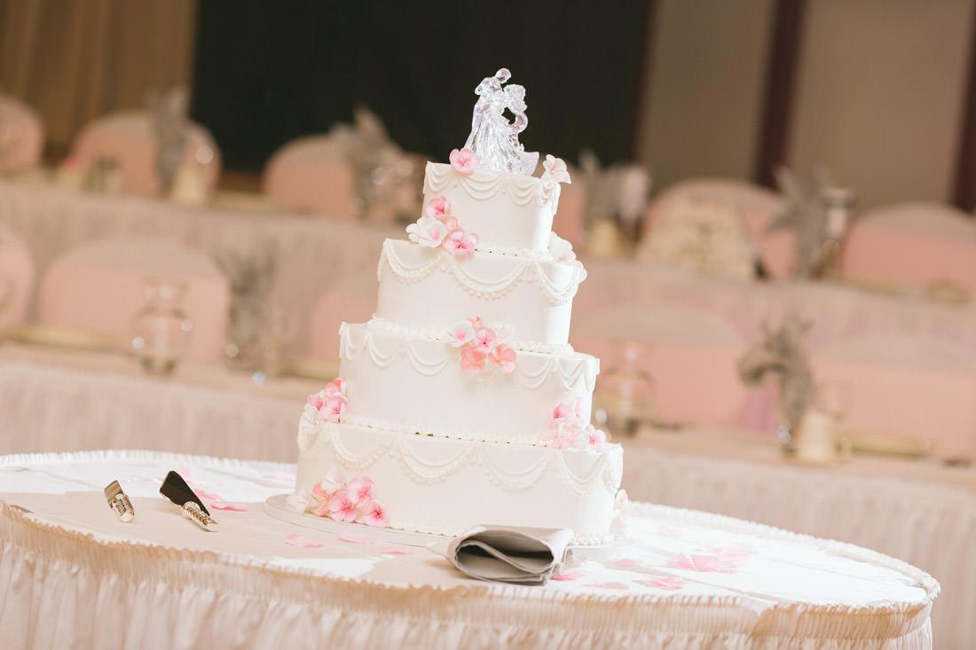 classic-white-pink-crystal-wedding-cake