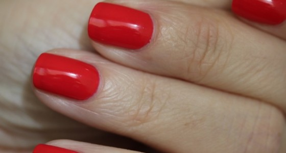 CND Vinylux Lobster Roll