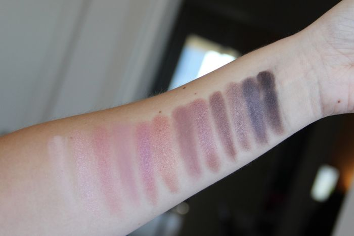 Naked 3 swatches from left to right: Strange, Dust, Burnout, Limit, Buzz, Trick, Nooner, Liar, Factory, Mugshot, Darkside and Blackheart