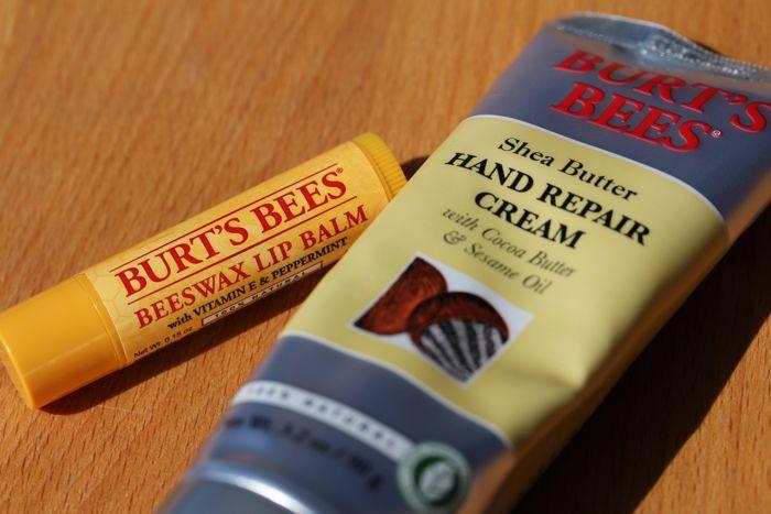 Burt's Bees Beeswax Lip Balm & Shea Butter Hand Reair Cream