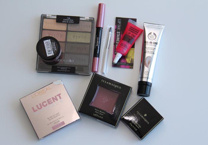 Prize 3 - the makeup addict