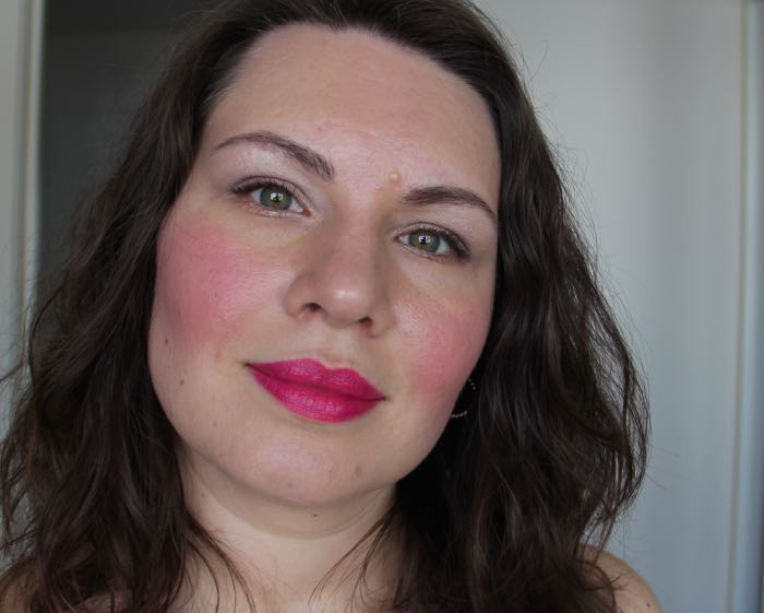 The Robert Palmer : Might as well face it, bad makeup can happen to good people. Talk about blush and lippie overload!