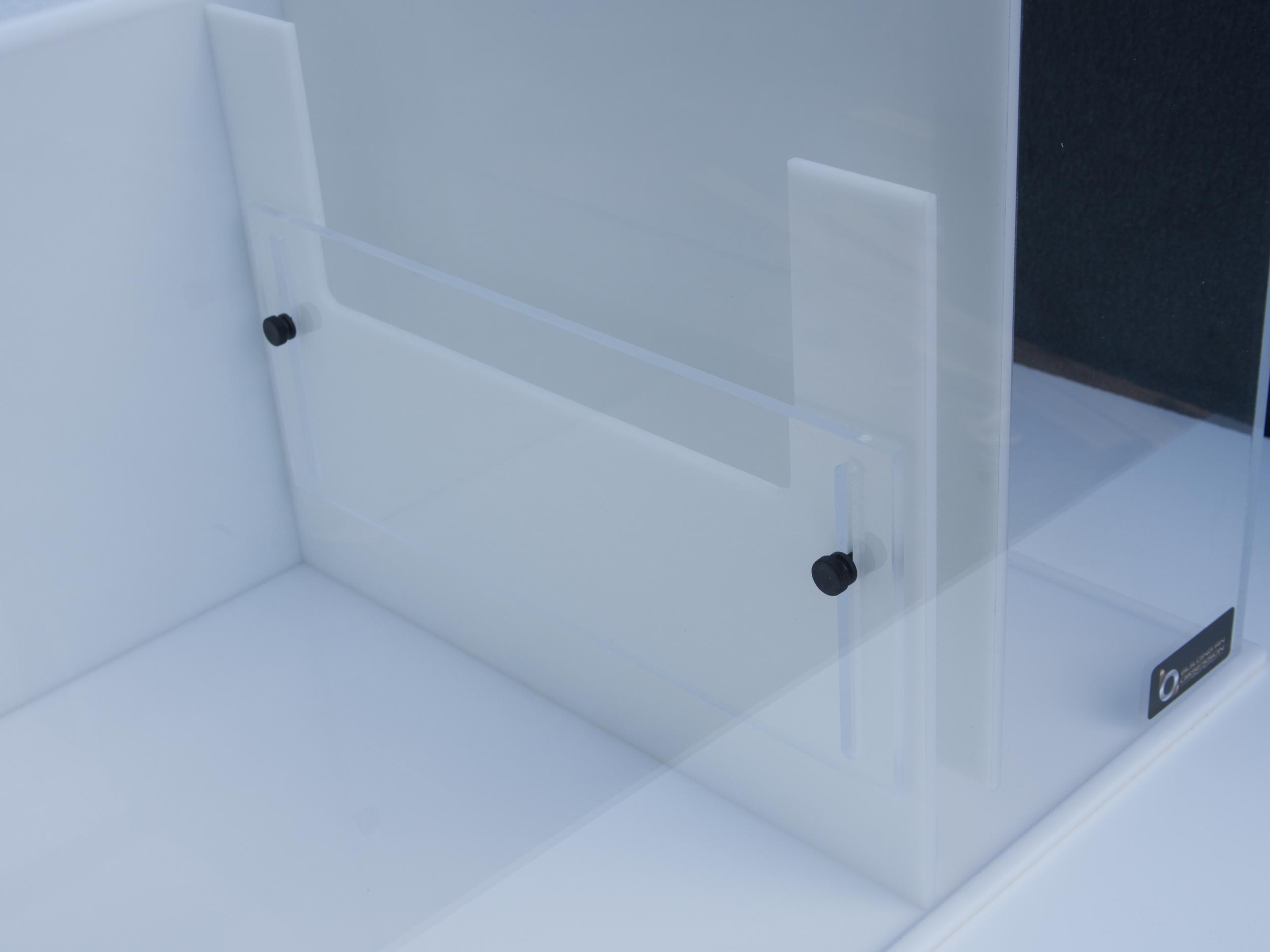 Adjustable Skimmer Wall