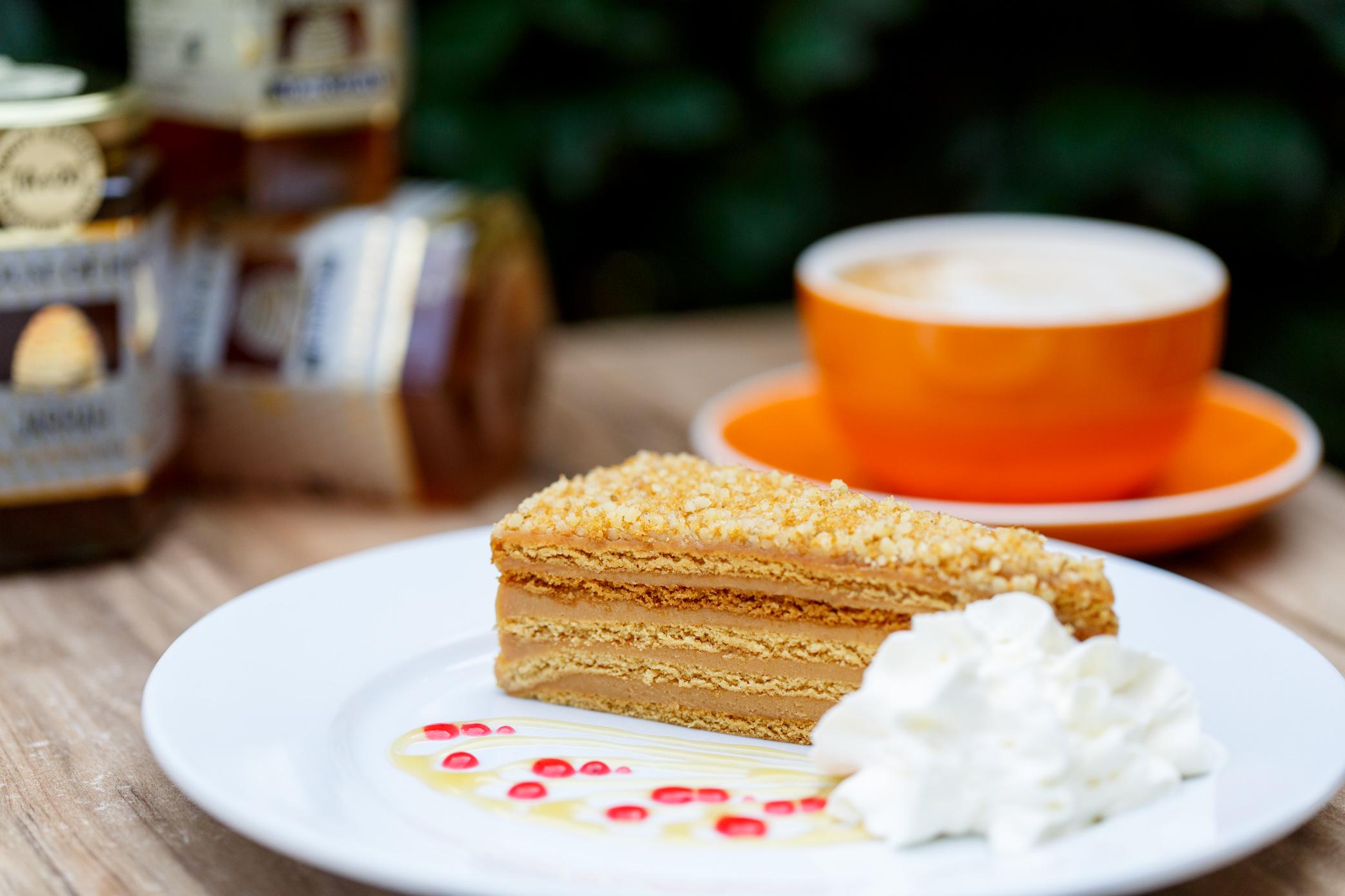Irresistible Honey Cake