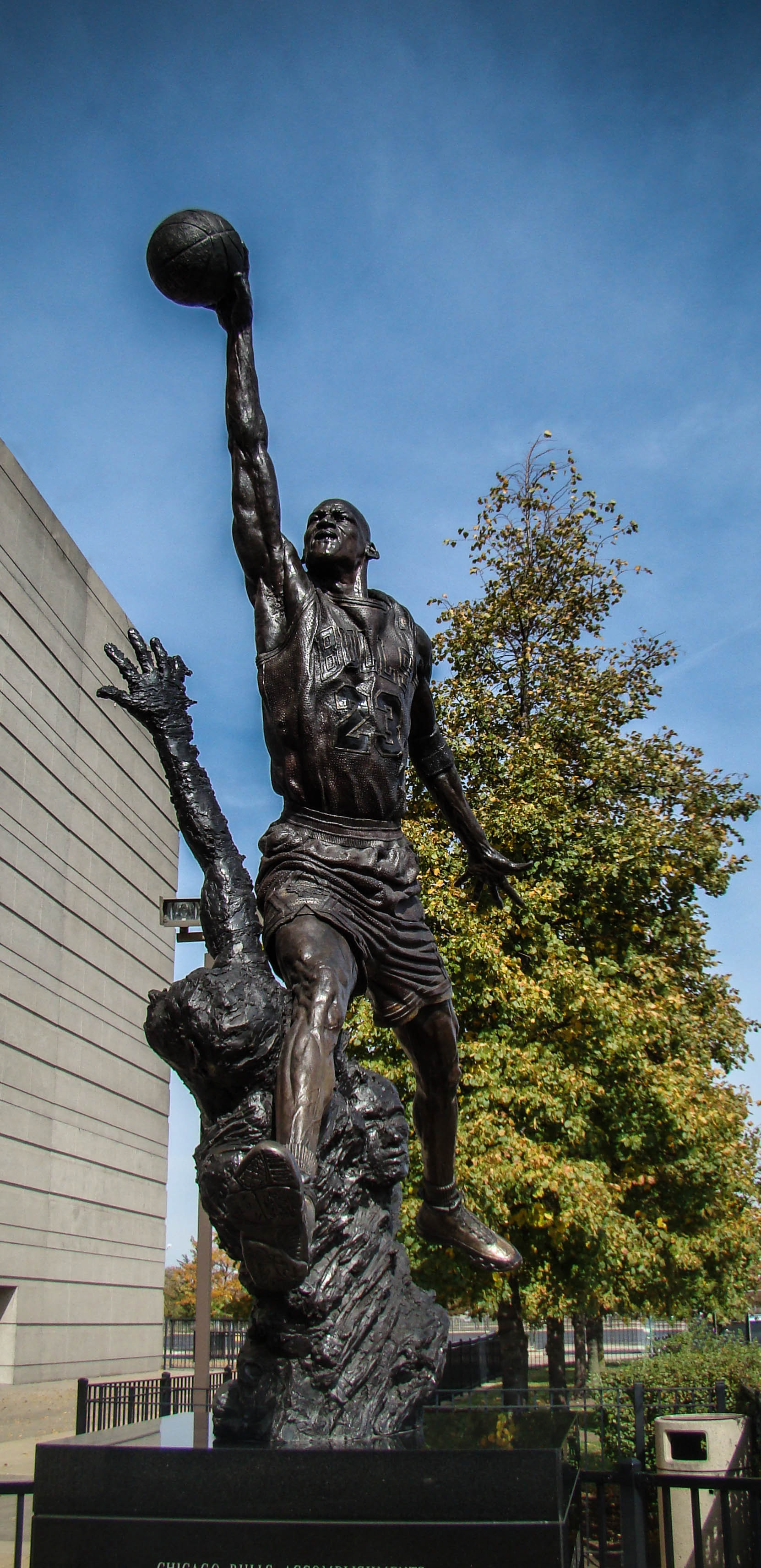 United Center Chicago. Estatua de Micheal Jordan