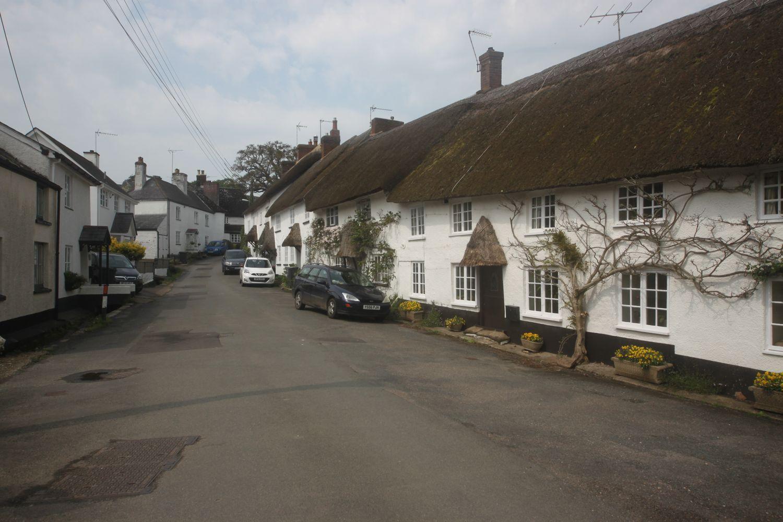 cottages on bridge street