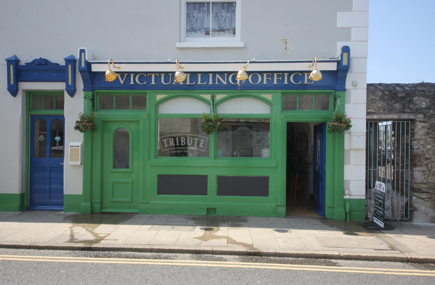 victualling office tavern