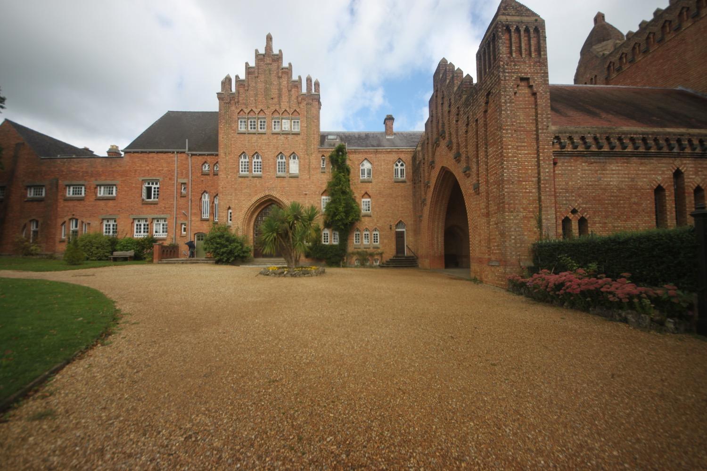 quarr abbey 1.jpg