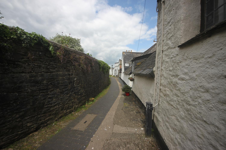 ramparts walk