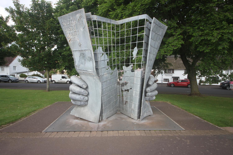 map sculpture