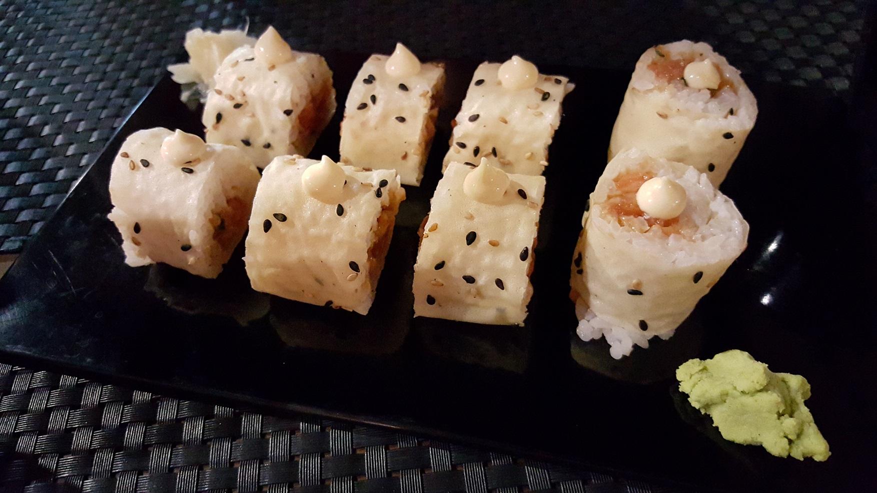 rolls piccanti col salmone