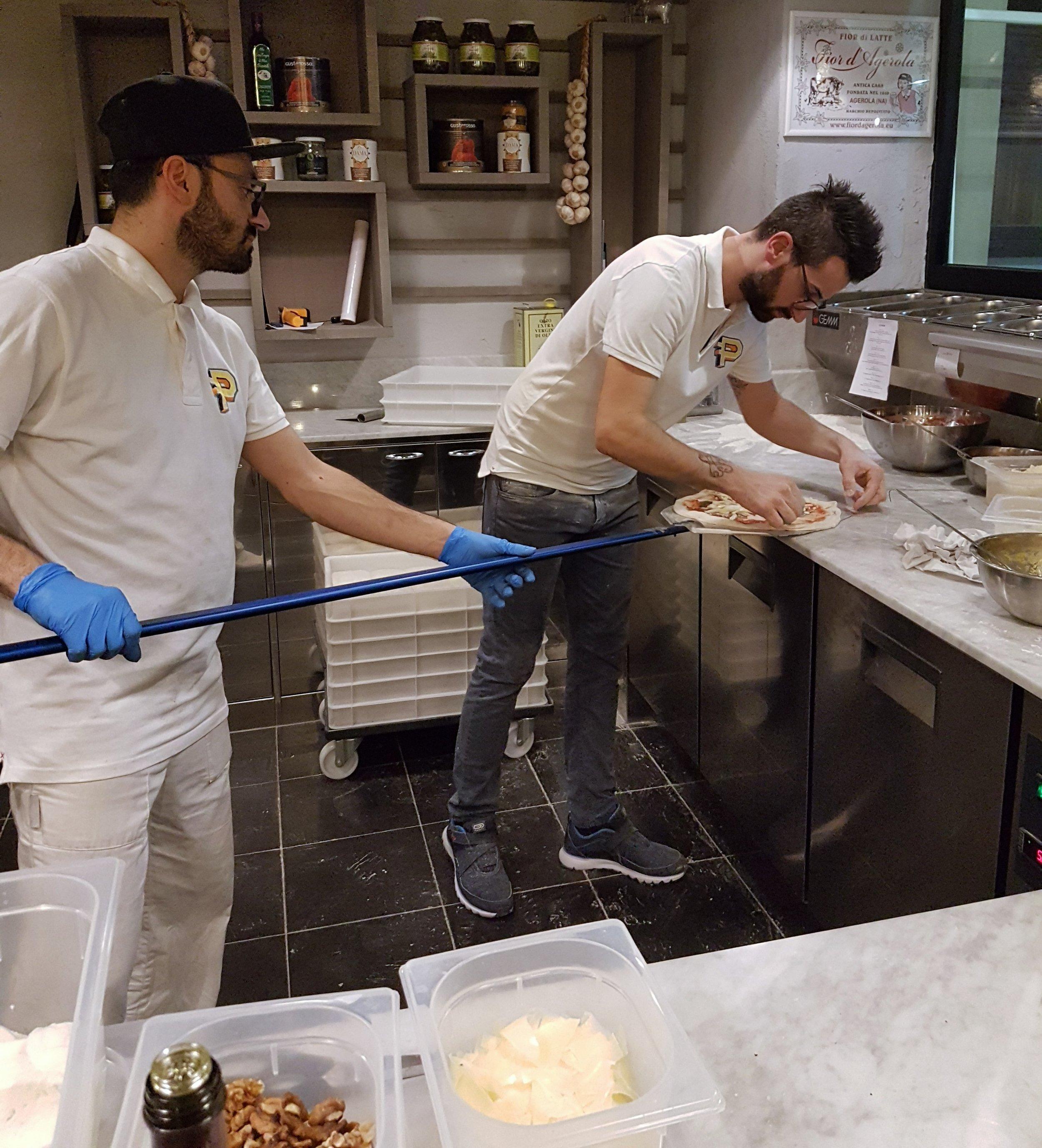 Francesco (fornaio della madonna)e Daniele (capo pizzaiolo)
