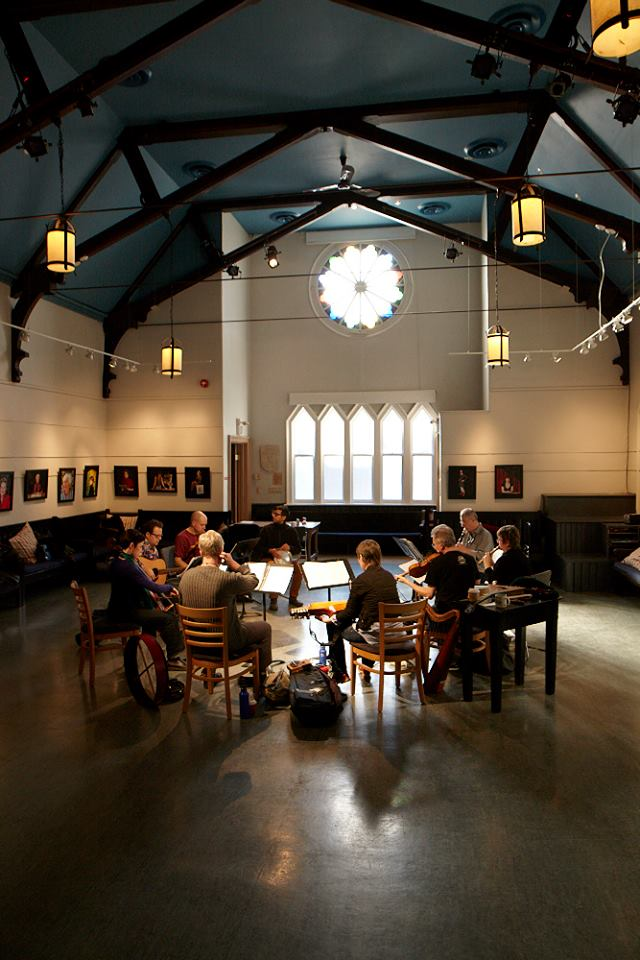 Ensemble Polaris rehearsing at Heliconian Hall