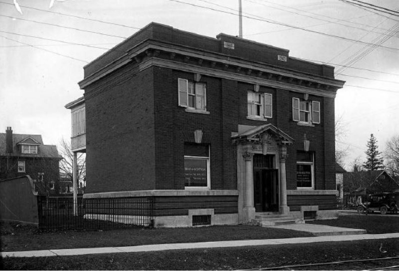 The Bank of Montreal Branch at 2444 Yonge Street while it was still in operation as a bank (Google Streetview)