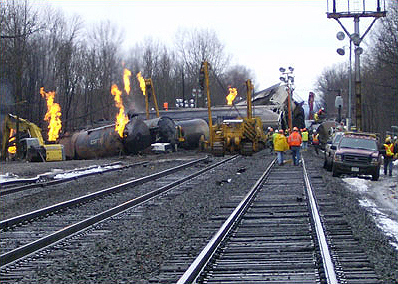 sws_derailment_services_tankcar_flaring_large.jpg