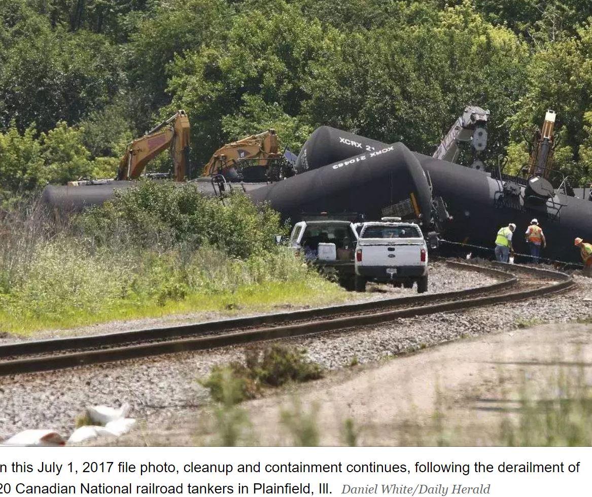 canadian national railroad tankers.JPG