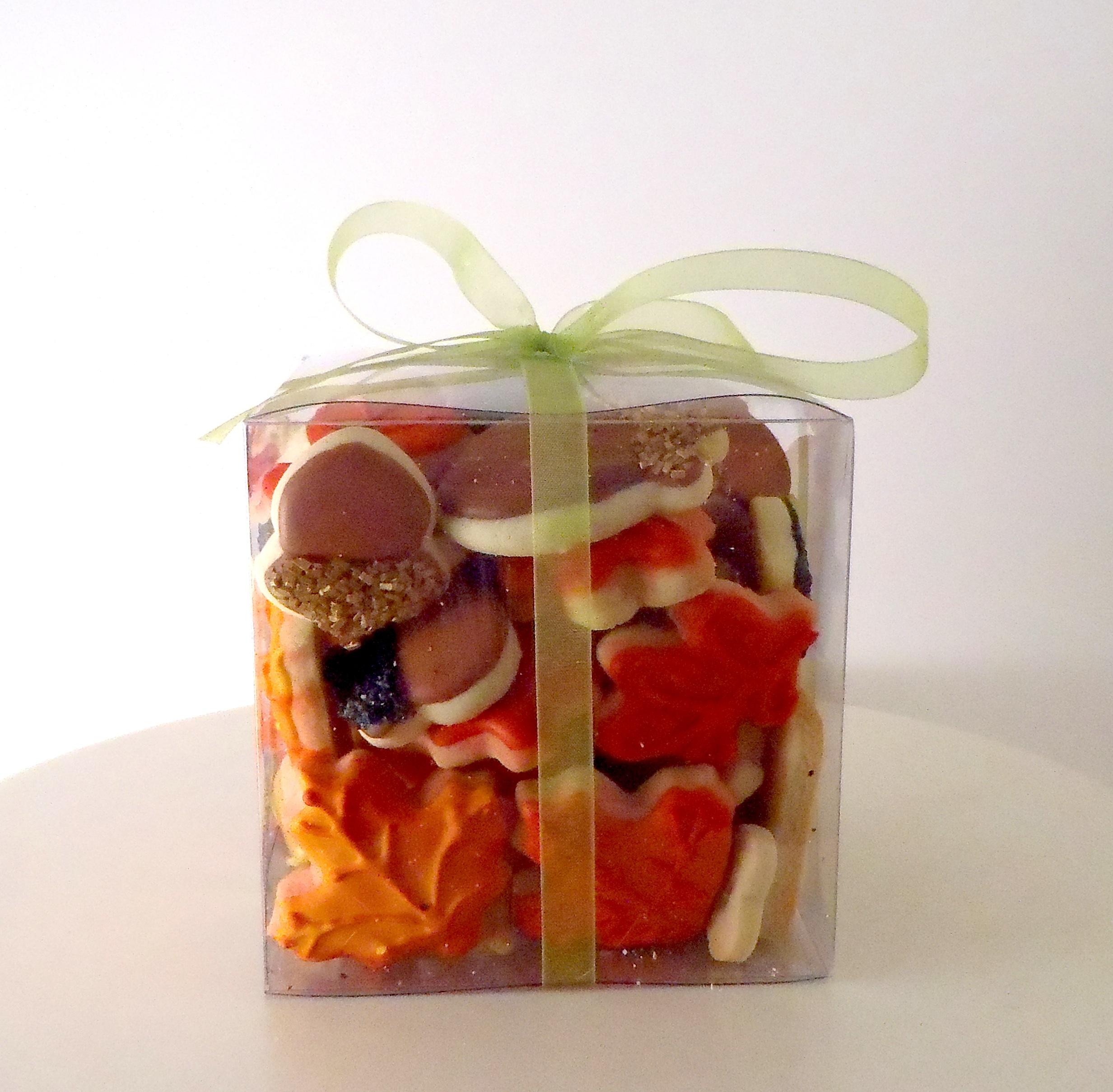 autumn leave gift box.jpg