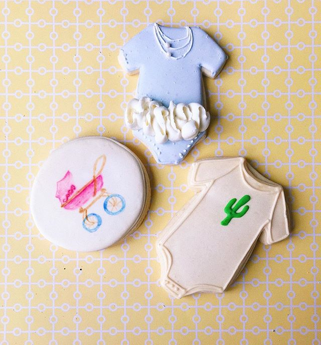 The cutest cookies for a perfect baby shower. Order your own now!! 💻 Website: districtdesserts.com ✉️ Email: orders@districtdesserts.com