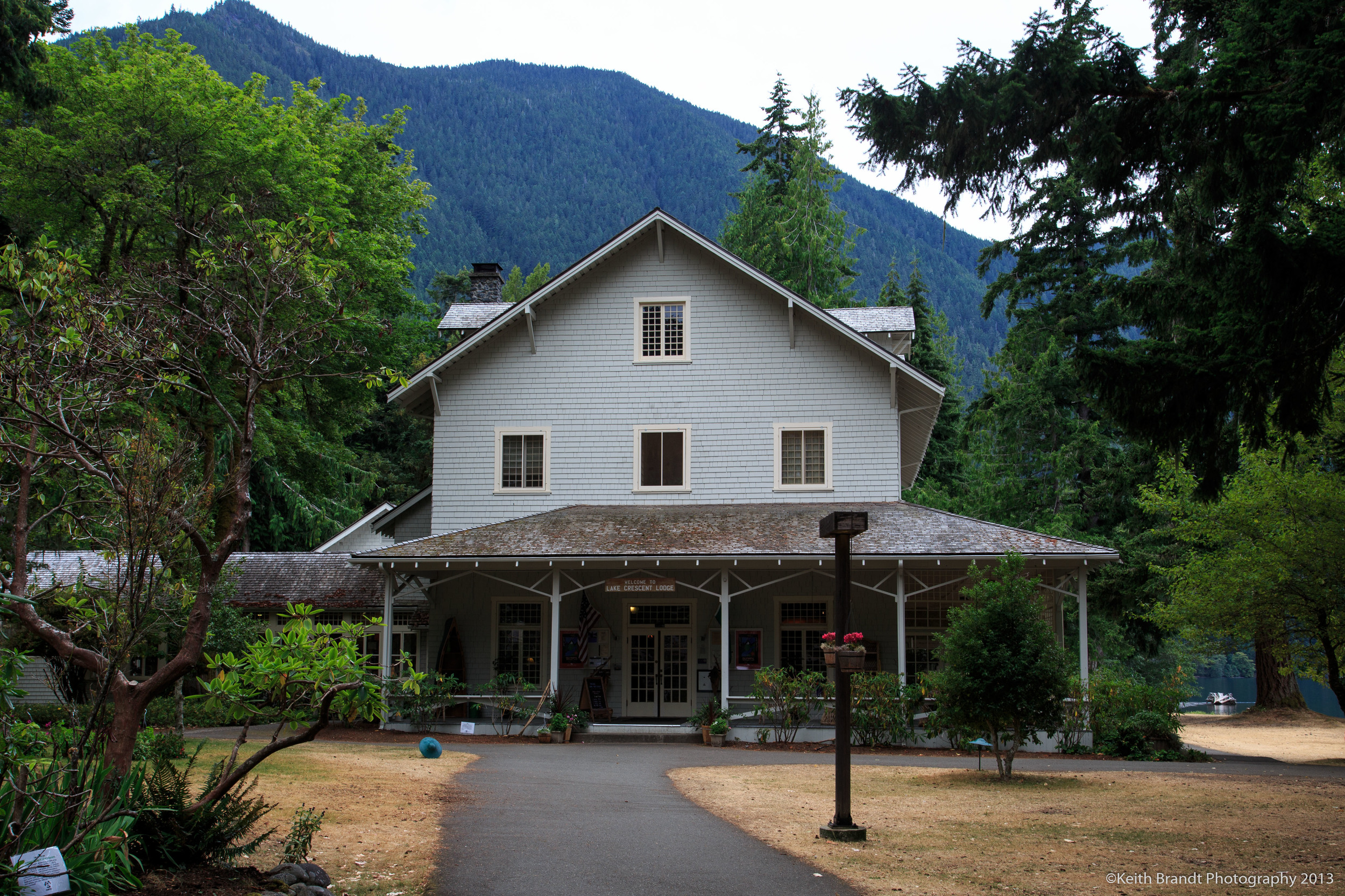 Lake Crescent Lodge
