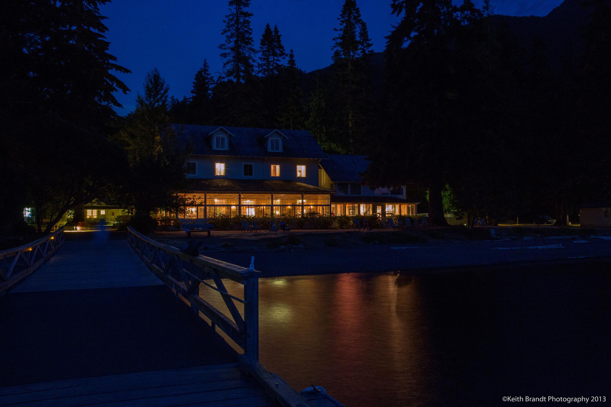 Lake Crescent Lodge at night