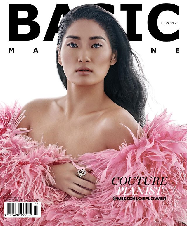 COVER STYLED BY ME FOR AMAZING @basic_magazine FEATURING THE SUPER TALENTED PIANIST @misschloeflower  SHOOT BY DARLING @nickstokesny  HAIR BY @coreytuttlehair  MAKE UP by @clarissalunanyc  #cover #styledbyme SWIP ➡️ to see more images!